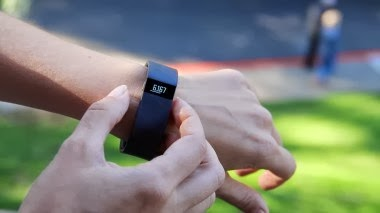 fitbit force on your wrist